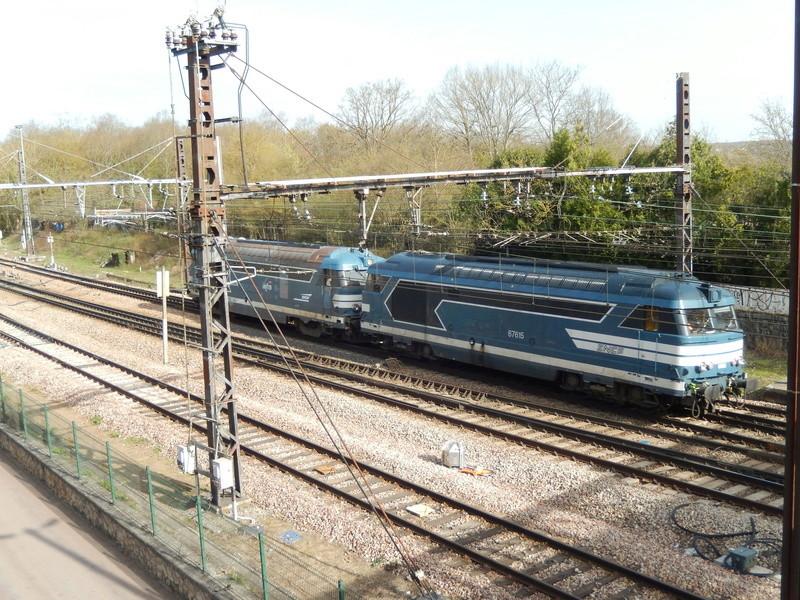 En gare de Moret- Veneux-les -Sablons avril 2018 Dscn8511
