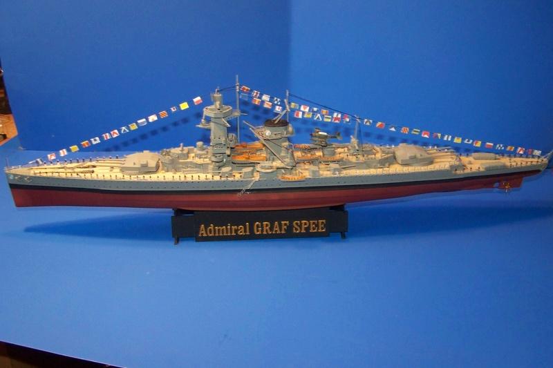 Graf Spee von Trumpeter in 1:350 102_4024