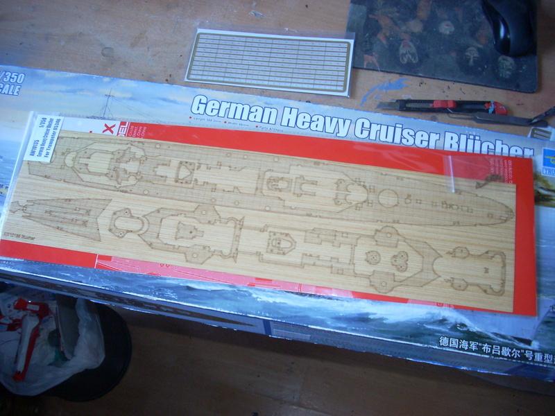 German Heavy Cruiser Blücher von Trumpeter in 1:350 Dscn0030