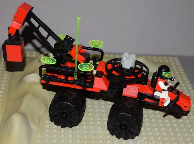 Lego M: Tron (1990-1991) 6896a10