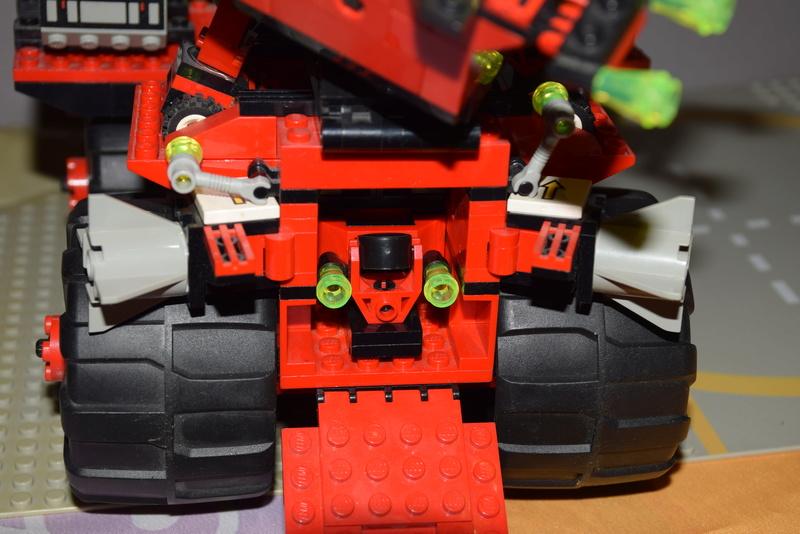 Lego M: Tron (1990-1991) 6989d10