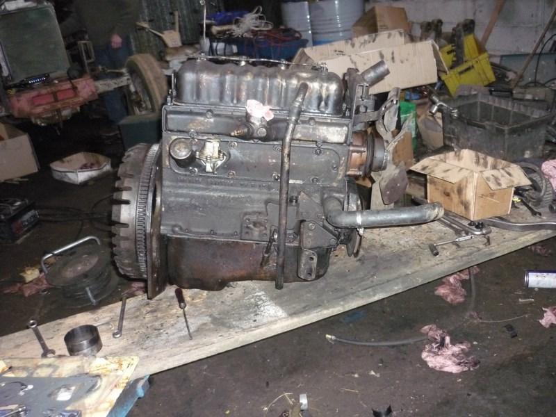 restauration - Restauration de mon Massey 825 (1961, moteur Perkins A4.107) Remont15