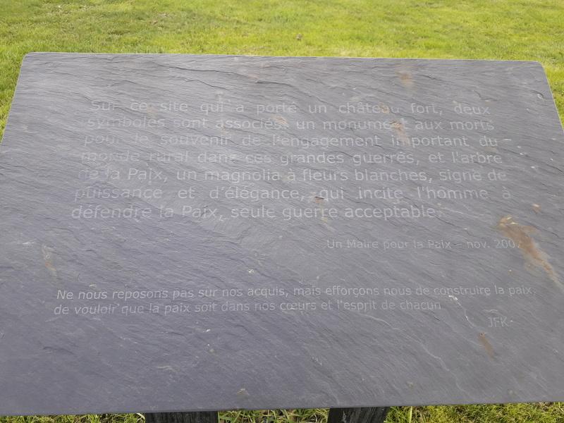 [ Histoires et histoire ] Monuments aux morts originaux Français Tome 2 - Page 5 003_210