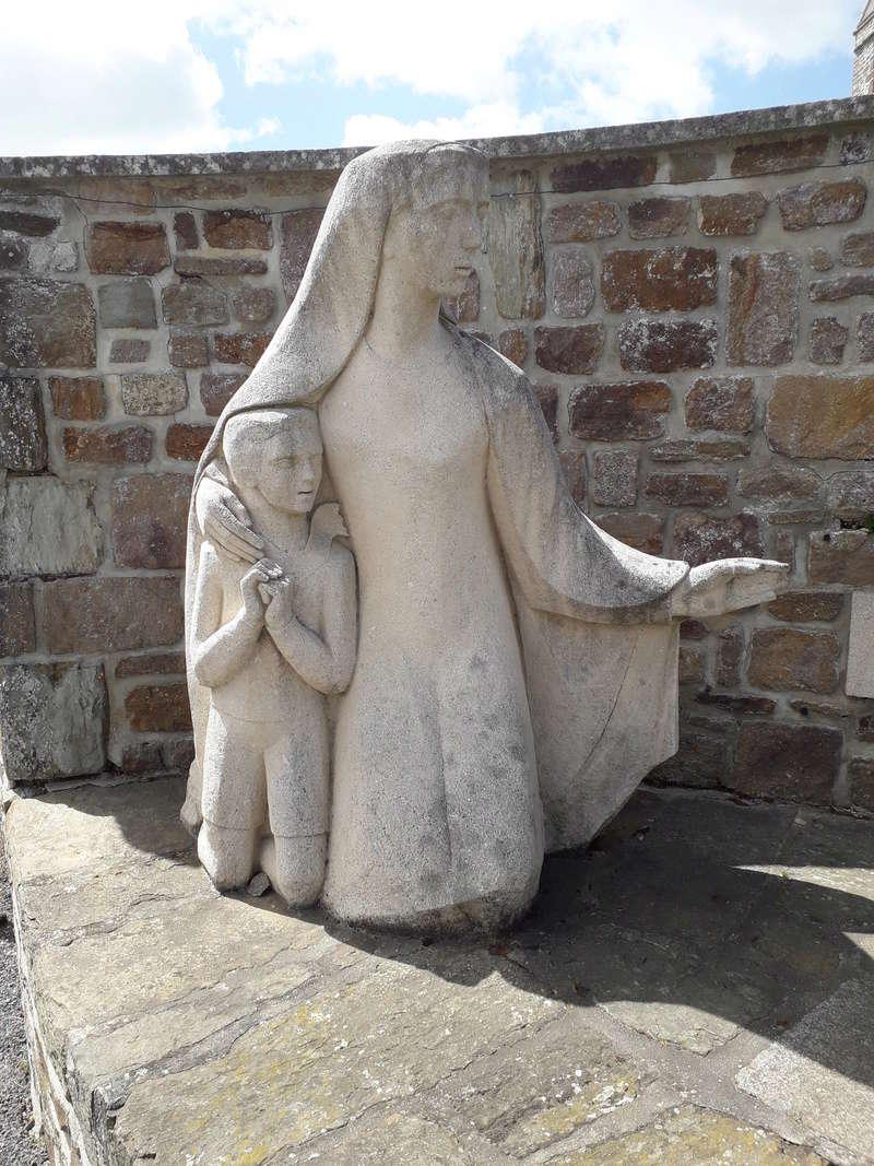 [ Histoires et histoire ] Monuments aux morts originaux Français Tome 2 - Page 6 030_210