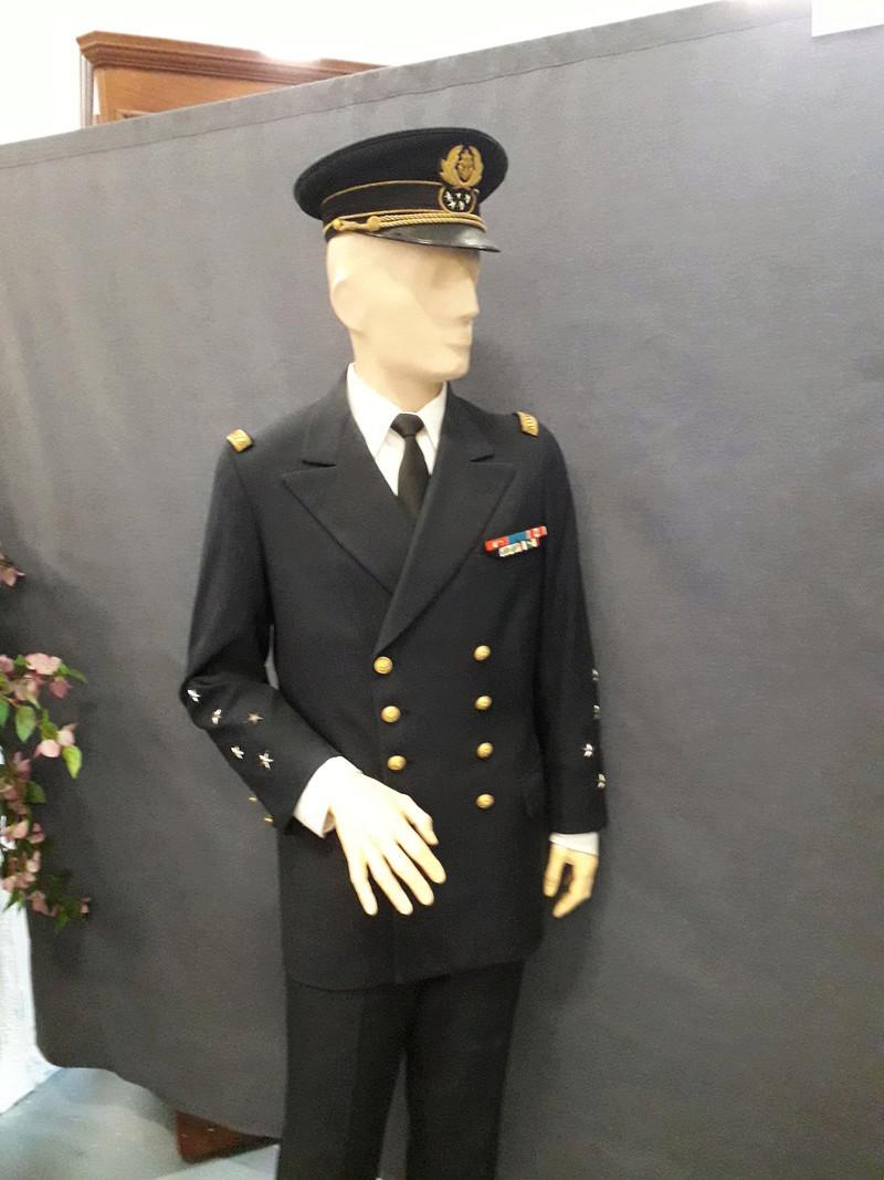 [ Les musées en rapport avec la Marine ] Conservatoire des tenues à Toulon - Page 6 04010