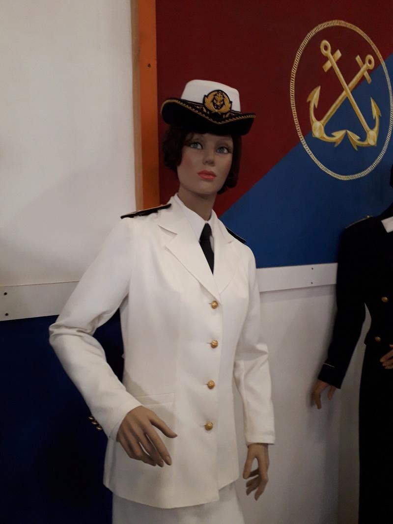 [ Les musées en rapport avec la Marine ] Conservatoire des tenues à Toulon - Page 6 04410