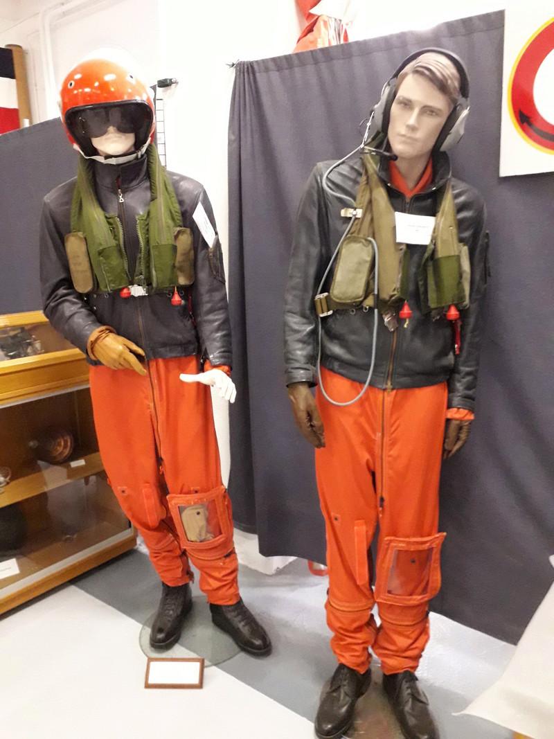 [ Les musées en rapport avec la Marine ] Conservatoire des tenues à Toulon - Page 6 04910