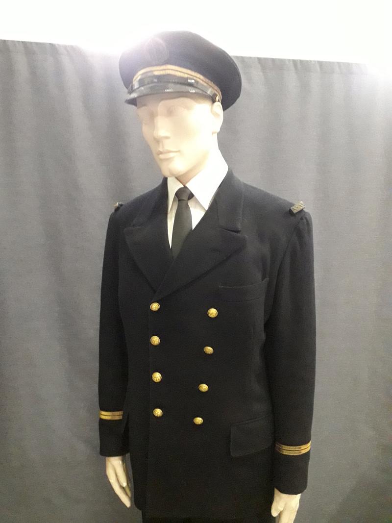 [ Les musées en rapport avec la Marine ] Conservatoire des tenues à Toulon - Page 6 05010
