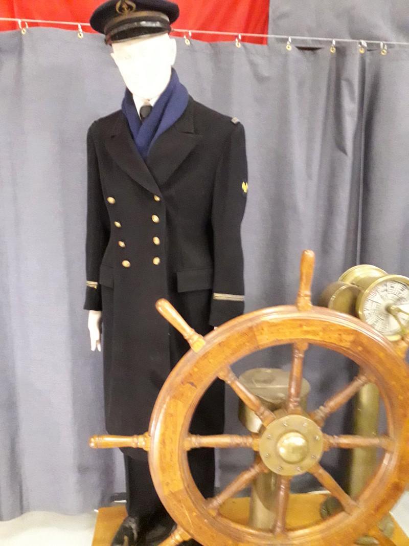 [ Les musées en rapport avec la Marine ] Conservatoire des tenues à Toulon - Page 6 05310