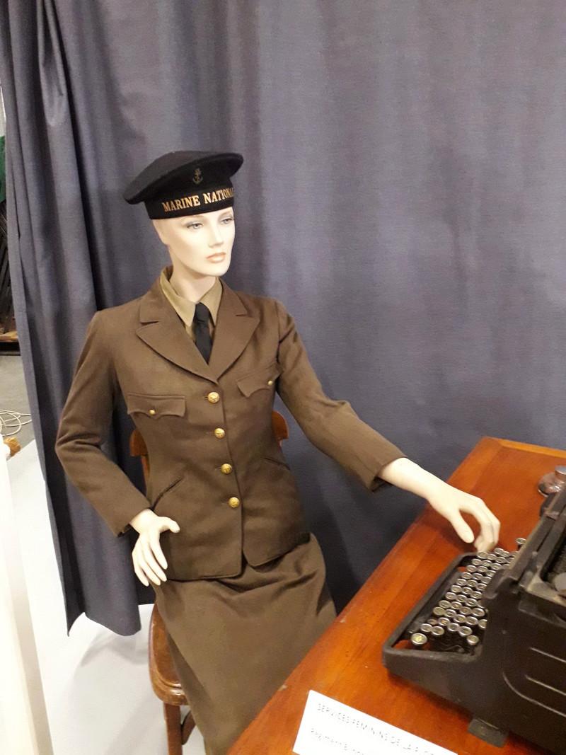 [ Les musées en rapport avec la Marine ] Conservatoire des tenues à Toulon - Page 6 05710
