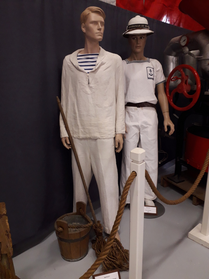 [ Les musées en rapport avec la Marine ] Conservatoire des tenues à Toulon - Page 6 06210
