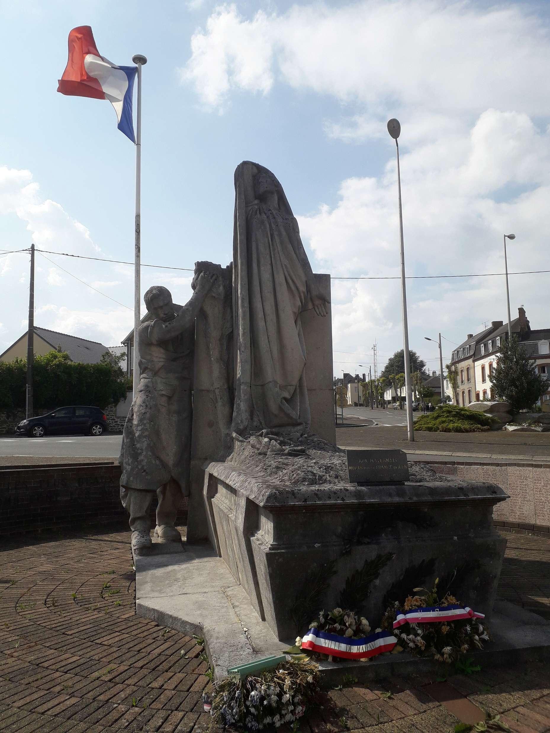 [ Histoires et histoire ] Monuments aux morts originaux Français Tome 2 - Page 6 06312