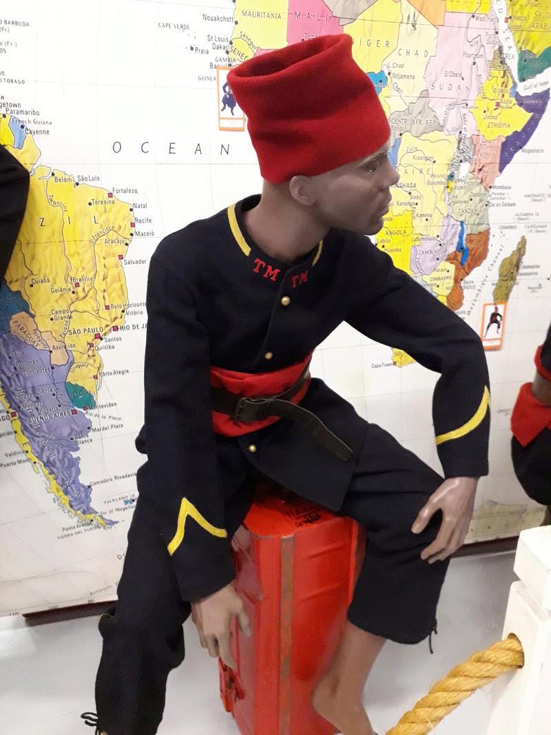 [ Les musées en rapport avec la Marine ] Conservatoire des tenues à Toulon - Page 7 08410