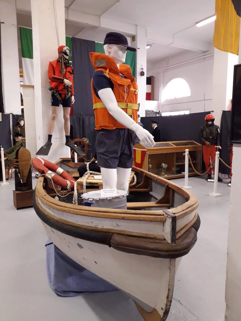 [ Les musées en rapport avec la Marine ] Conservatoire des tenues à Toulon - Page 7 08511