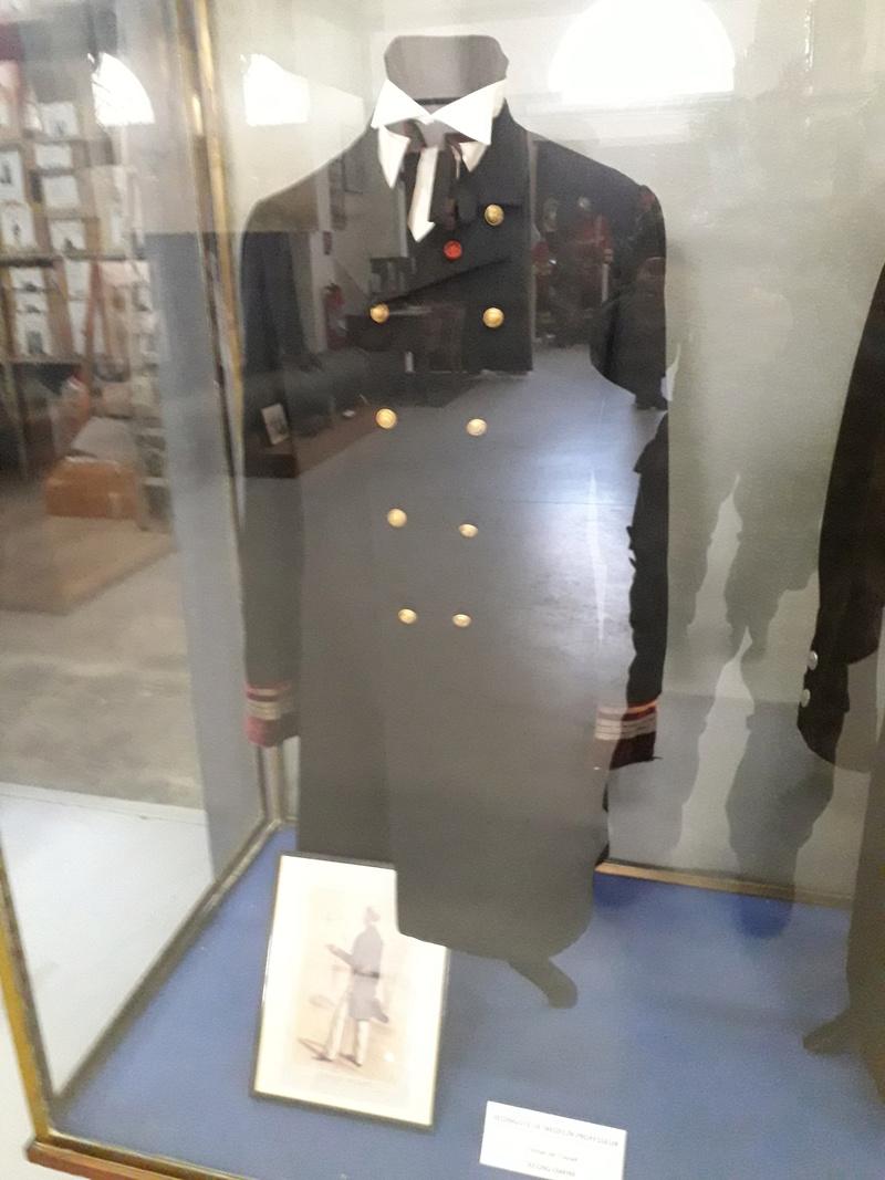 [ Les musées en rapport avec la Marine ] Conservatoire des tenues à Toulon - Page 7 08910