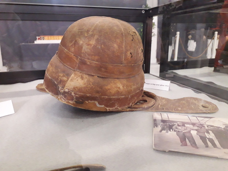 [ Les musées en rapport avec la Marine ] Conservatoire des tenues à Toulon - Page 6 10410