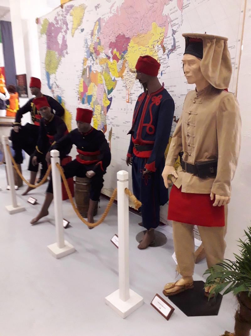 [ Les musées en rapport avec la Marine ] Conservatoire des tenues à Toulon - Page 7 11610