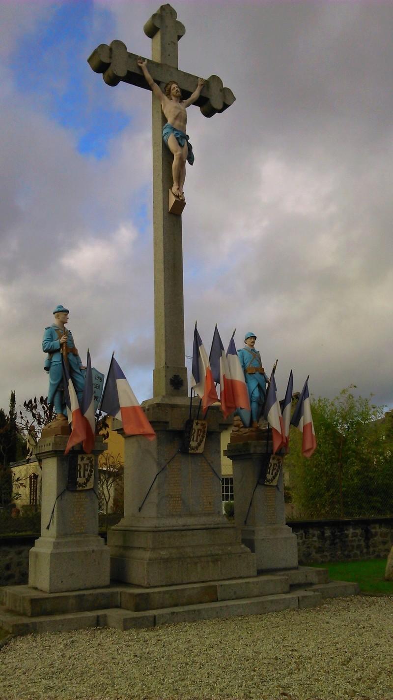 [ Histoires et histoire ] Monuments aux morts originaux Français Tome 2 - Page 4 412610