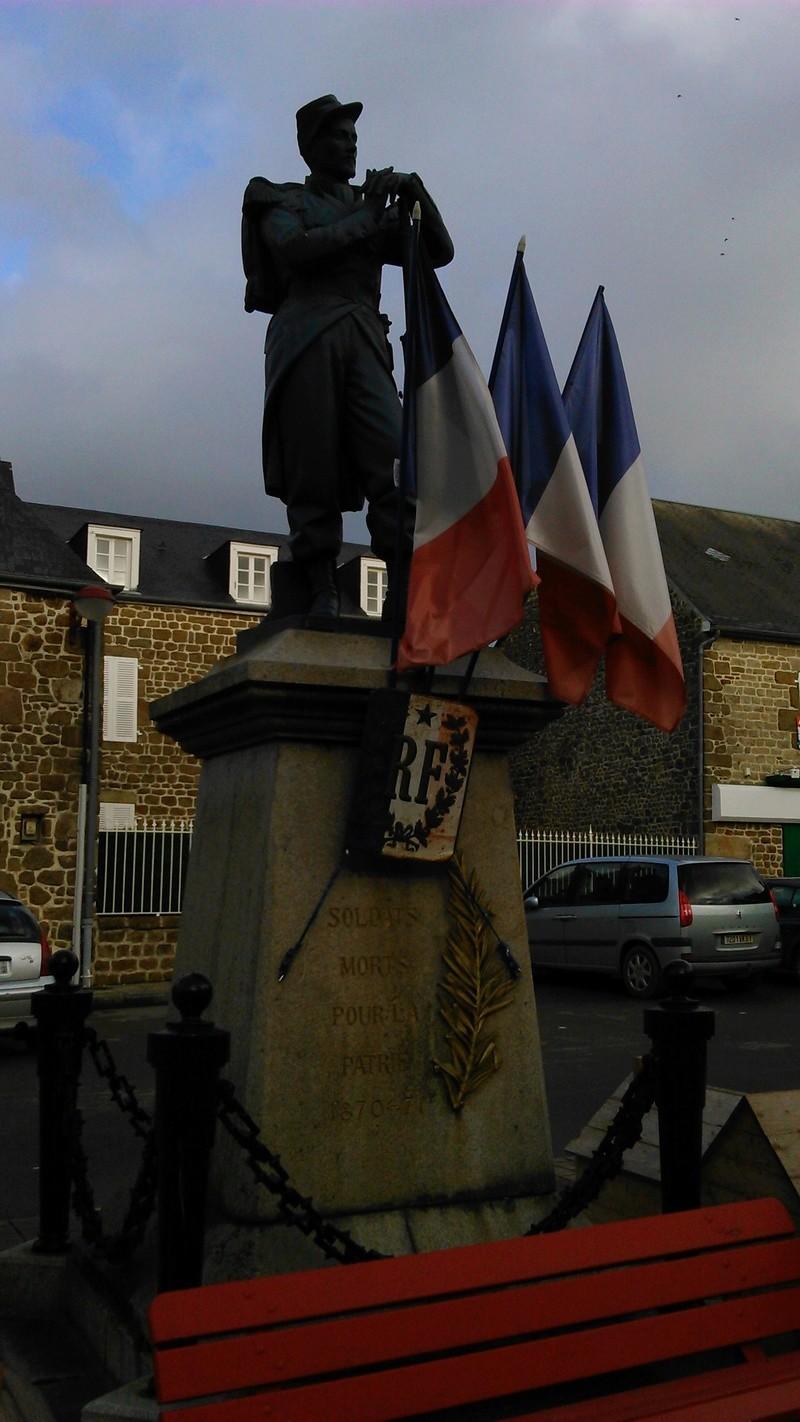 [ Histoires et histoire ] Monuments aux morts originaux Français Tome 2 - Page 4 413210