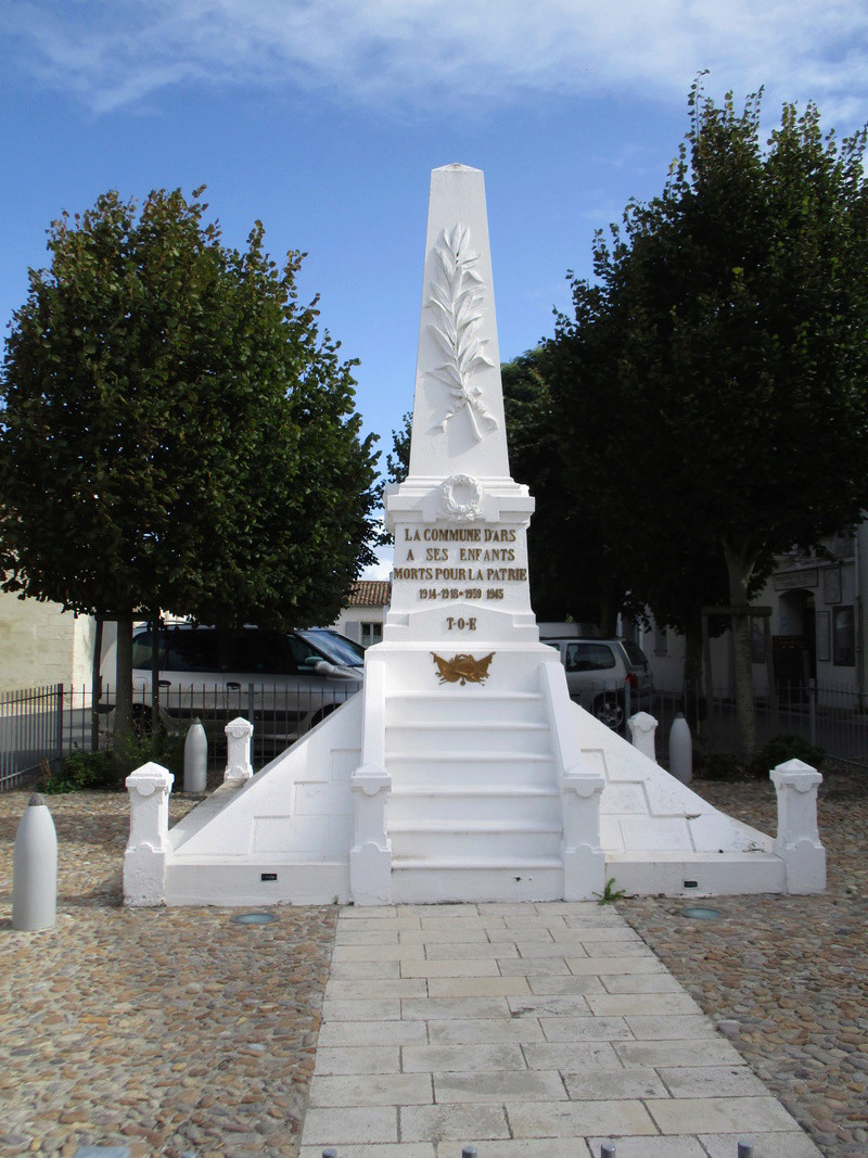 [ Histoires et histoire ] Monuments aux morts originaux Français Tome 2 - Page 3 44610