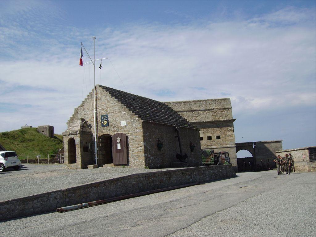 [HISTOIRES ET HISTOIRE] Le fort de Penthièvre (56) Imgp3310