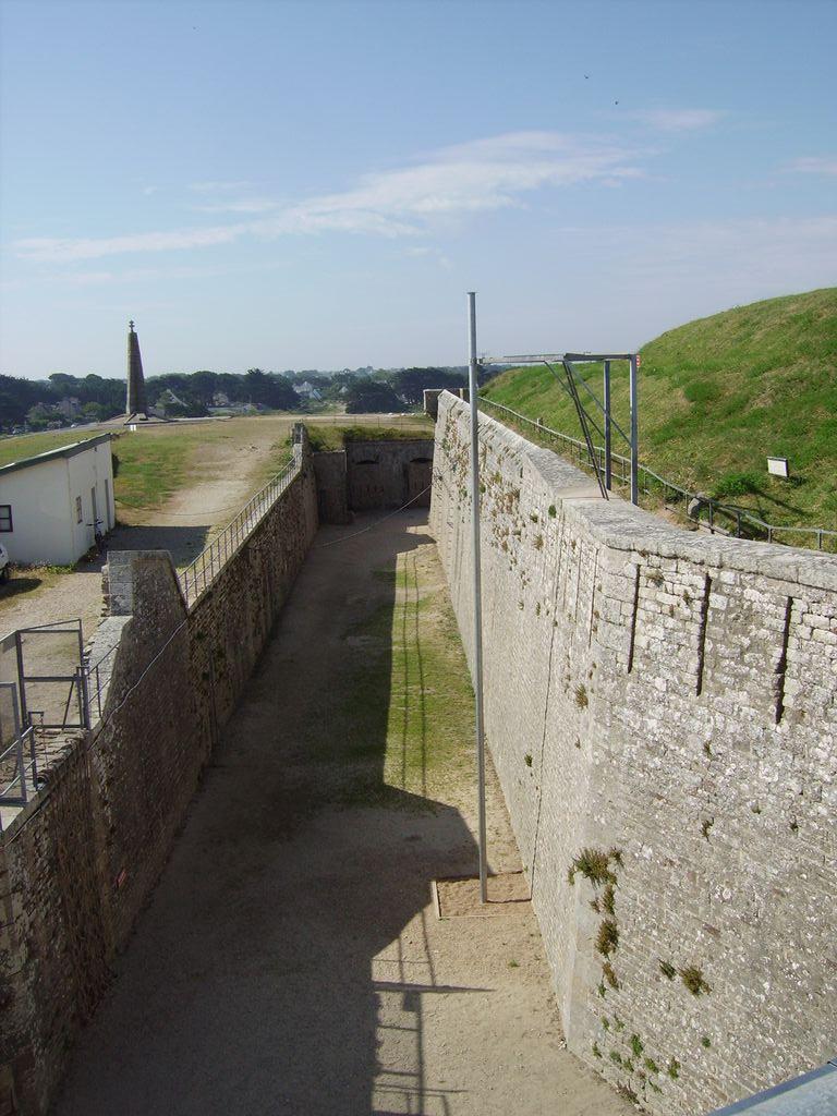 [HISTOIRES ET HISTOIRE] Le fort de Penthièvre (56) Imgp3314