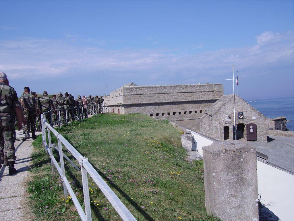 [HISTOIRES ET HISTOIRE] Le fort de Penthièvre (56) Imgp3316