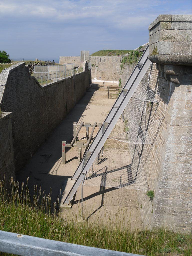 [HISTOIRES ET HISTOIRE] Le fort de Penthièvre (56) Sdc10128