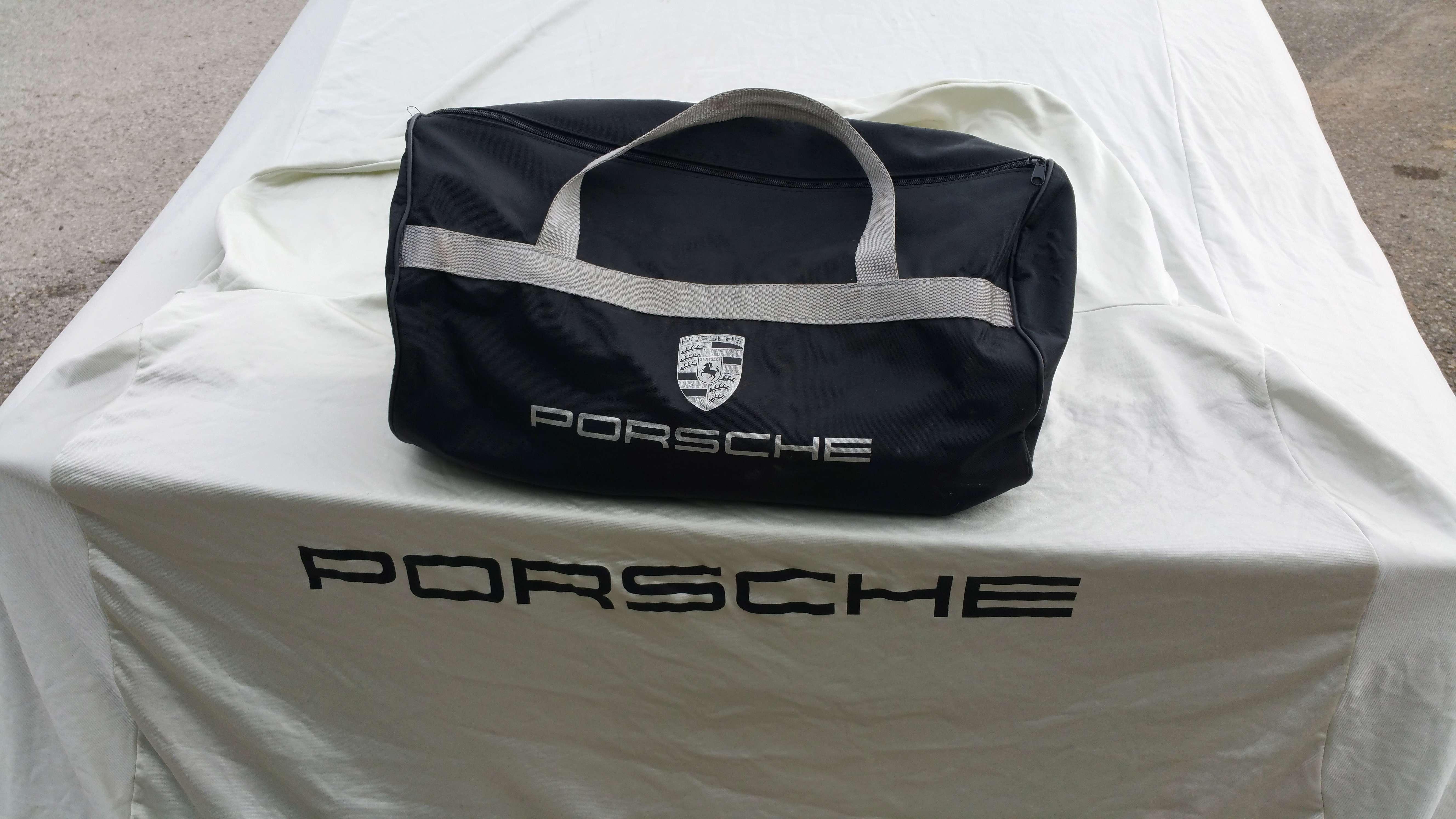 *VENDUE* Housse de protection Porsche 996 Housse13