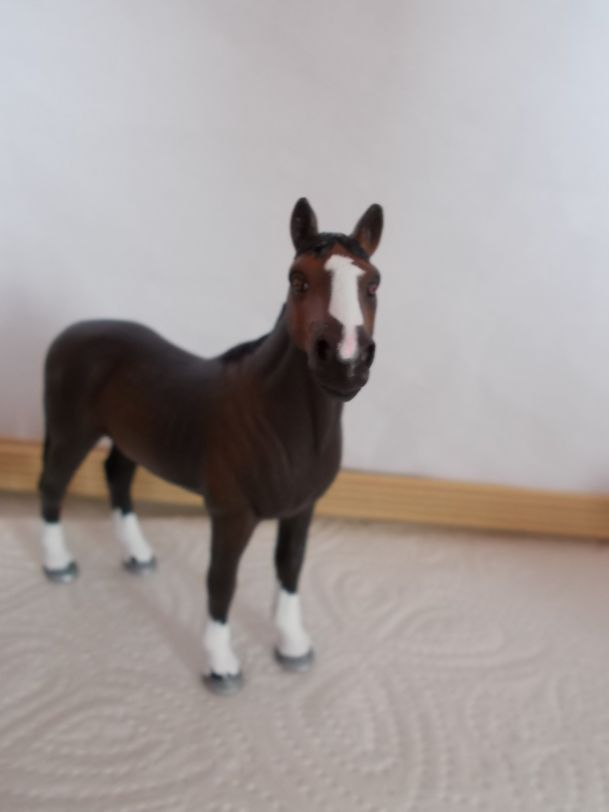 I started with repainting - Schleich horses - Page 3 Achal_16
