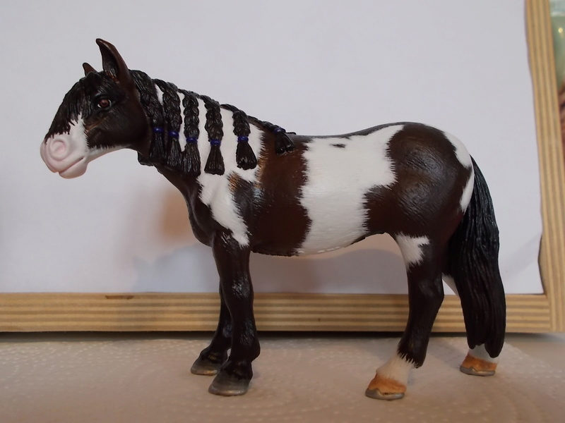 I started with repainting - Schleich horses - Page 3 Andalu11