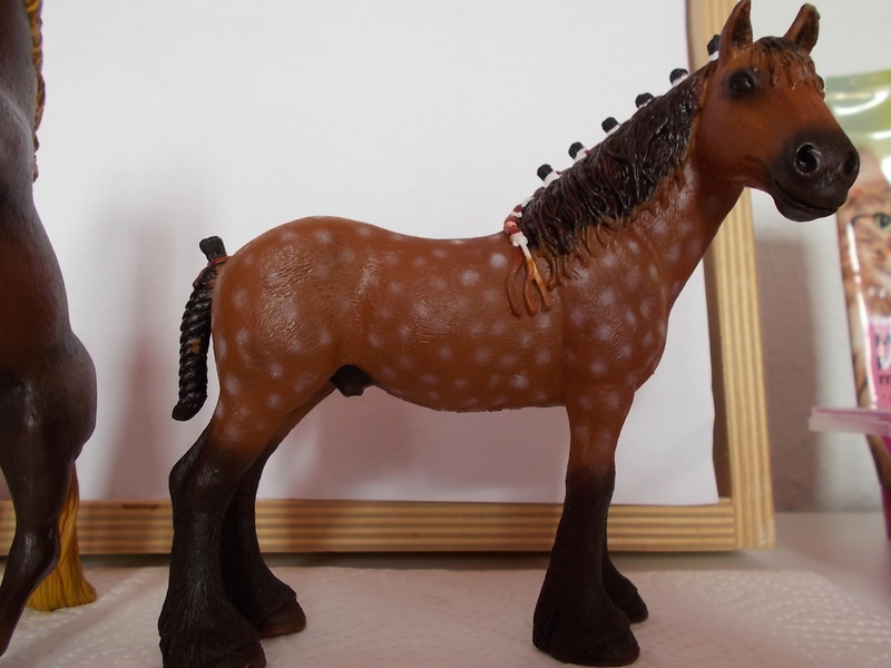 I started with repainting - Schleich horses - Page 3 Clydes10