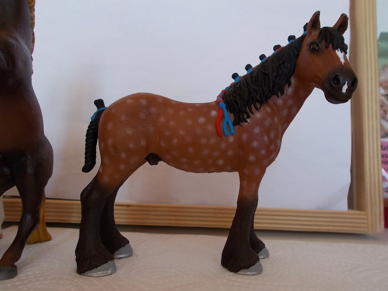 I started with repainting - Schleich horses - Page 3 Clydes14