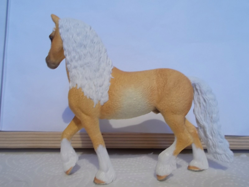 I started with repainting - Schleich horses - Page 2 Friese13