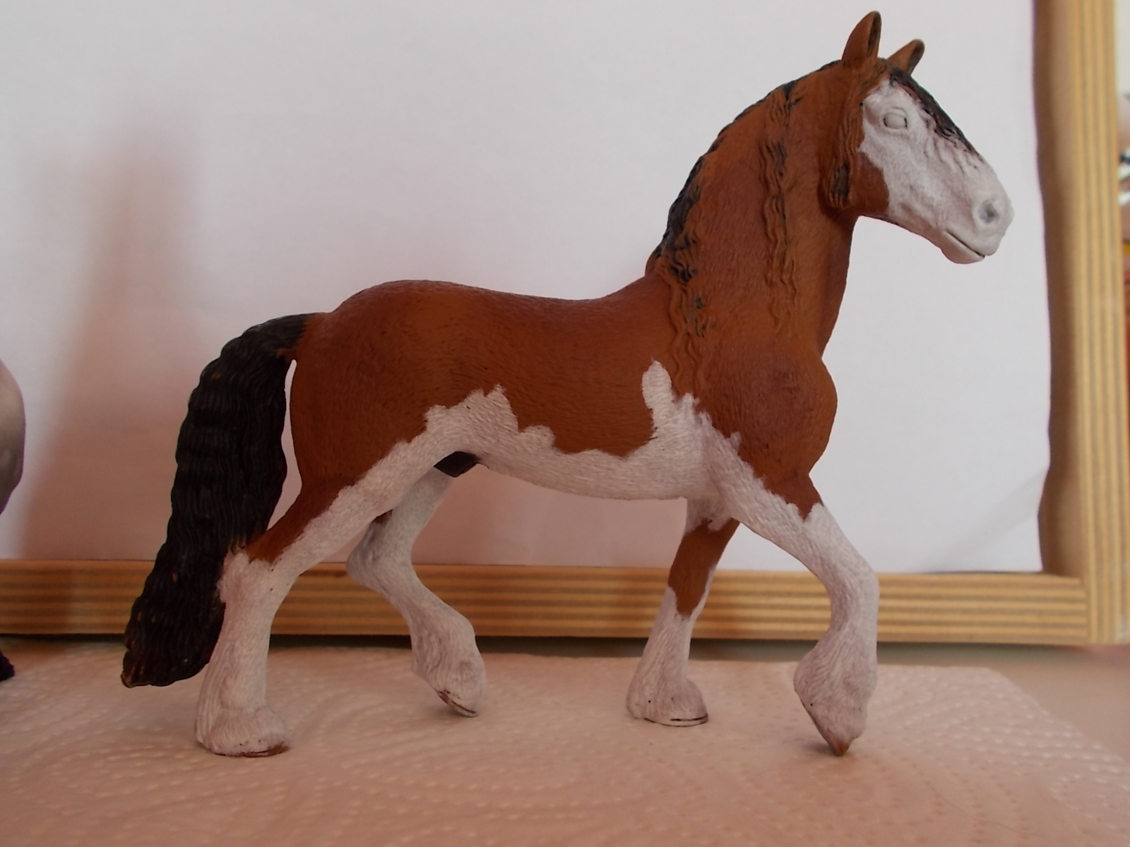 I started with repainting - Schleich horses - Page 3 Friese20