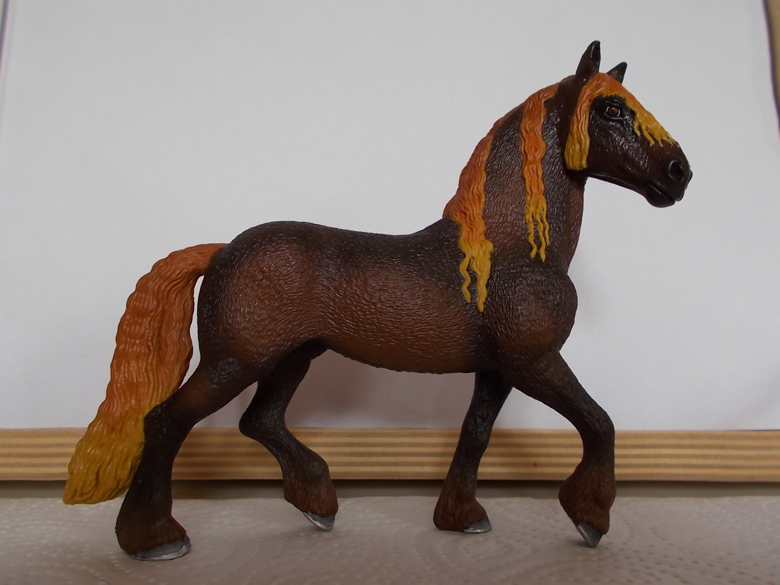 I started with repainting - Schleich horses - Page 3 Friese23
