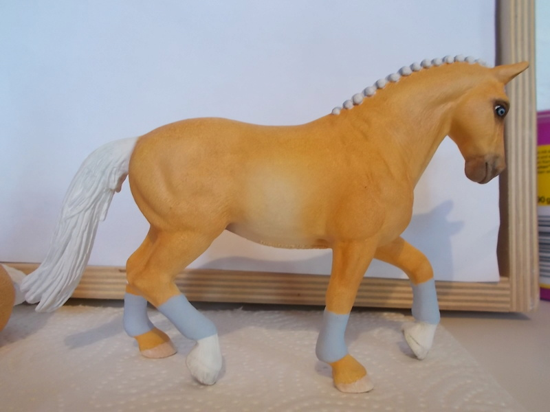 I started with repainting - Schleich horses - Page 2 Hanno_18