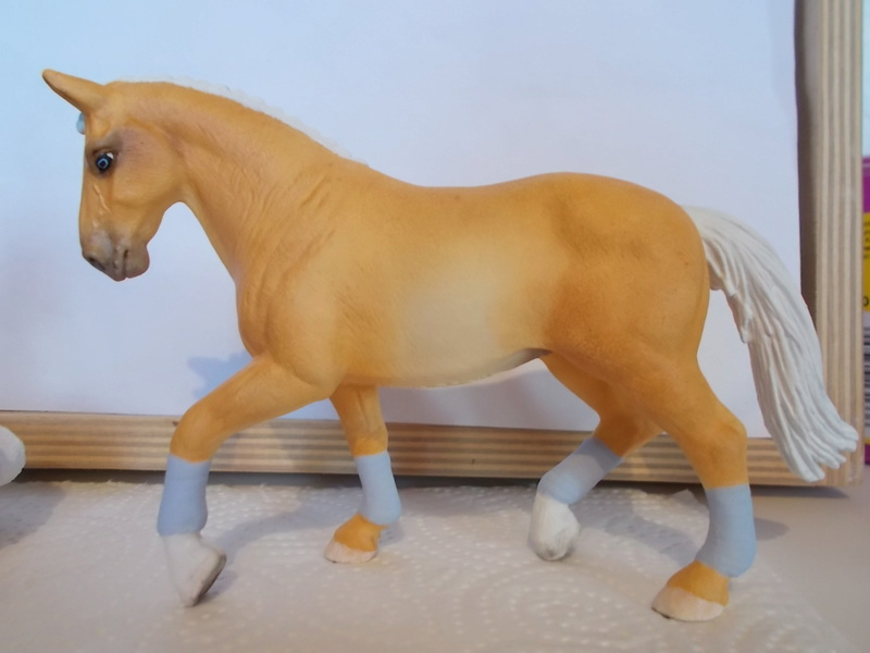 I started with repainting - Schleich horses - Page 2 Hanno_19