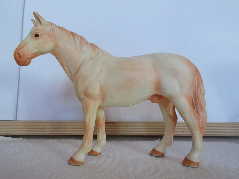 I started with repainting - Schleich horses - Page 2 Hanno_22