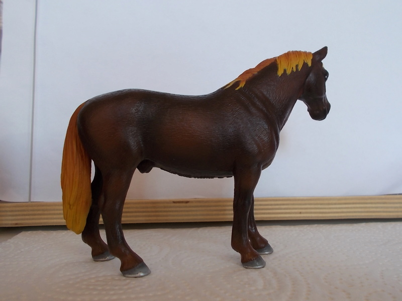 I started with repainting - Schleich horses - Page 3 Hannov24