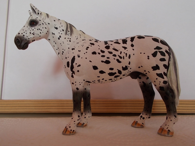 I started with repainting - Schleich horses - Page 3 Hannov25
