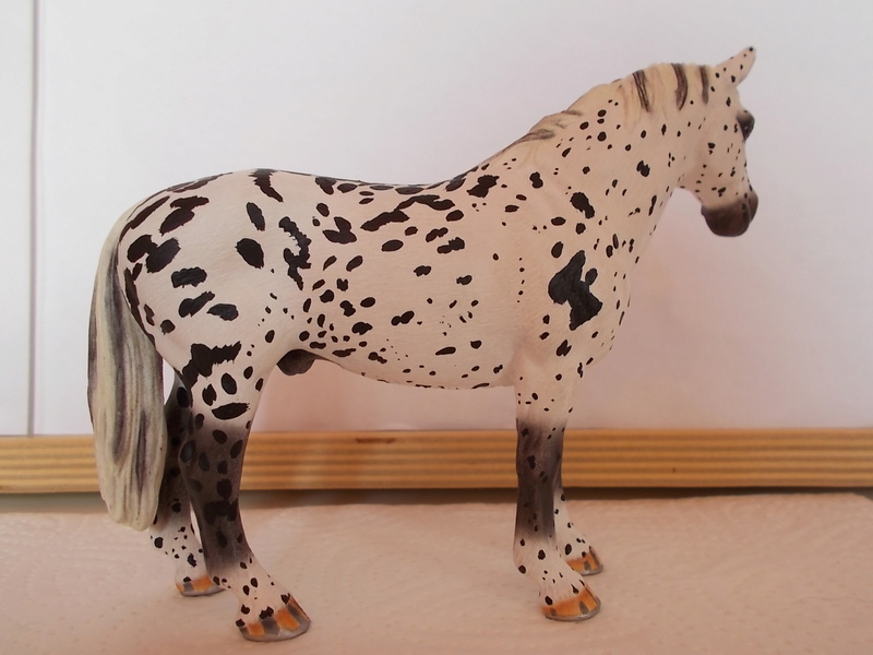 I started with repainting - Schleich horses - Page 3 Hannov26