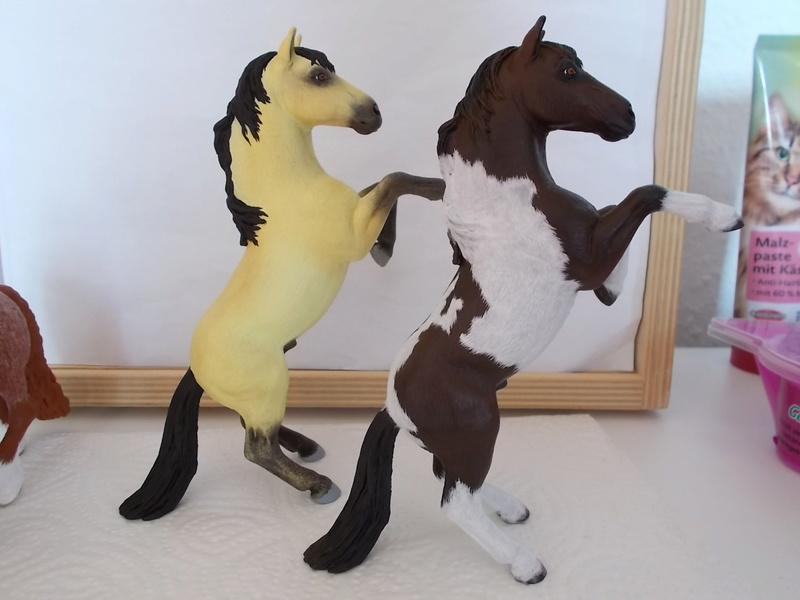 I started with repainting - Schleich horses - Page 3 Mustan54