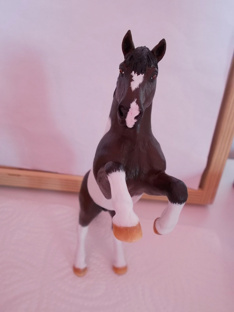 I started with repainting - Schleich horses - Page 3 Mustan60