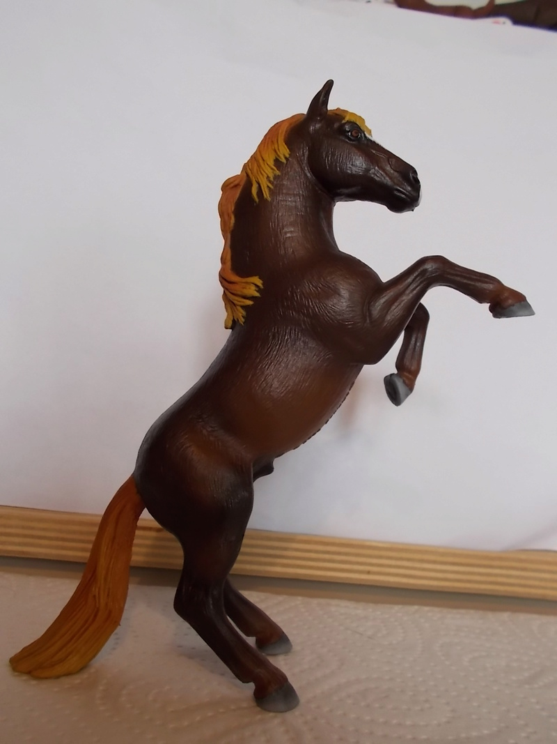 I started with repainting - Schleich horses - Page 3 Mustan62