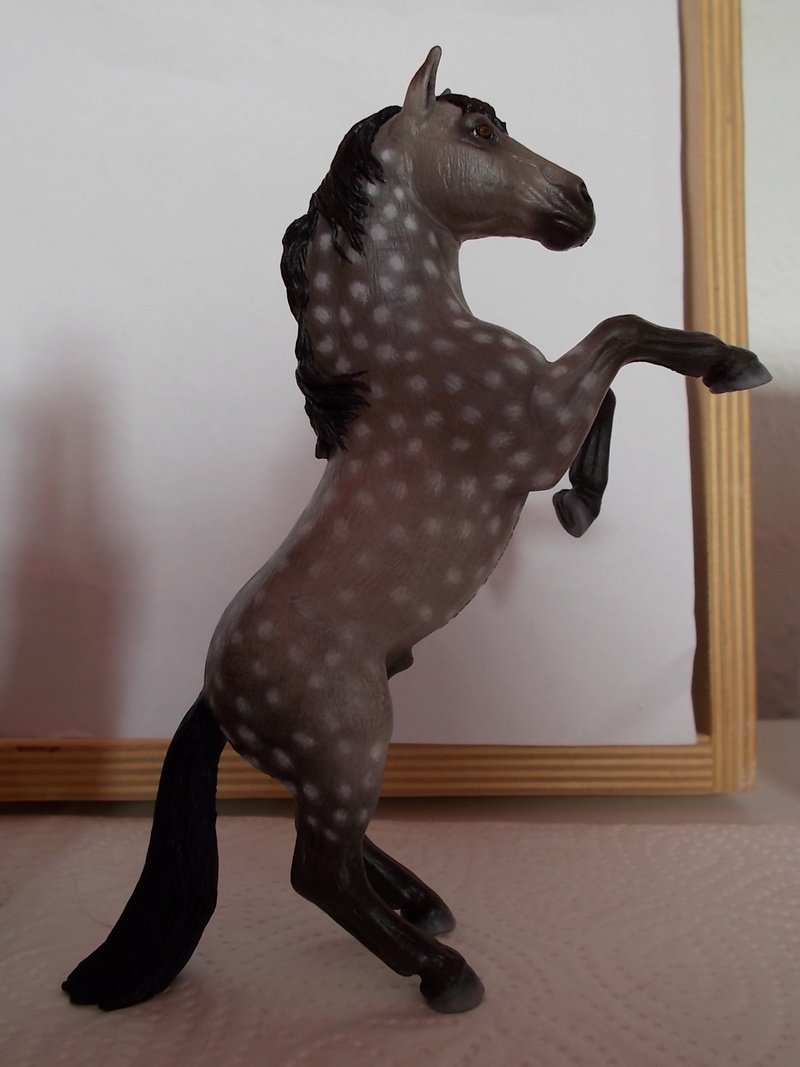 I started with repainting - Schleich horses - Page 3 Mustan66