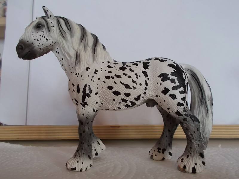 I started with repainting - Schleich horses - Page 2 Tinker16