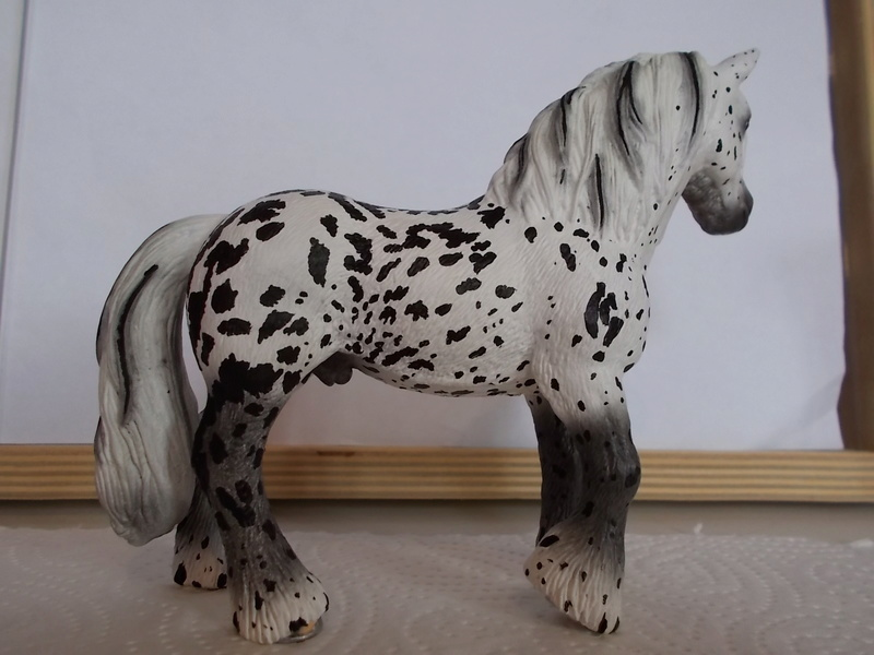 I started with repainting - Schleich horses - Page 2 Tinker17
