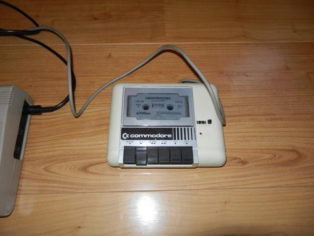 VDS COMMODORE C64 EXCELLENT ETAT PERITEL Dscn0914