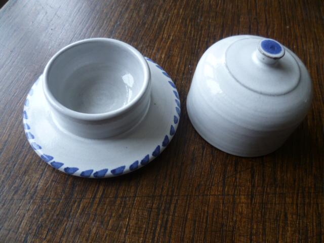 Rye Pottery, David Sharp etc.  - Page 6 P1300610